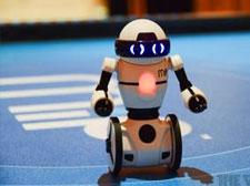 """腾讯推智能玩具,想颠覆儿童市场创造""""企鹅宇"""