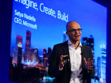 微软CEO纳德拉来了,靠刷脸解决反