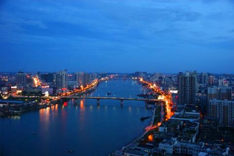 衡阳施工桥梁垮塌造成2名现场工人受伤(暂无生