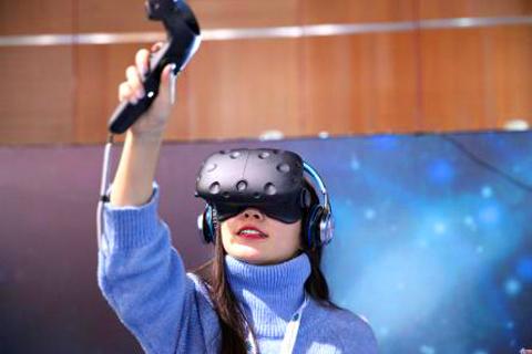 VR色情工作室参展CES 已发布上百部作品