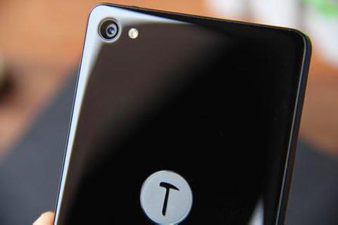 锤子发布会定档5月9日 老罗称将把所有锤子手机