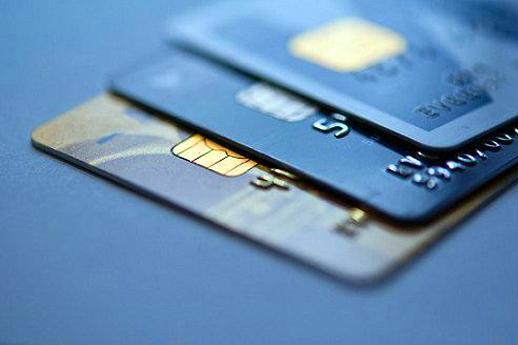即将IPO的51信用卡,护城河真的固若