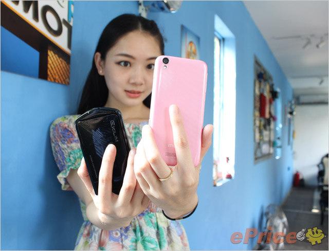 自拍神器对决!美图手机、卡西欧 TR350 美颜效果 PK
