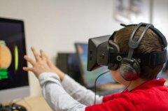 思迪佳教育培训 VR+教育 在时空中自由穿梭