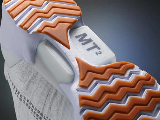 可自动系鞋带的耐克鞋,价格逆天