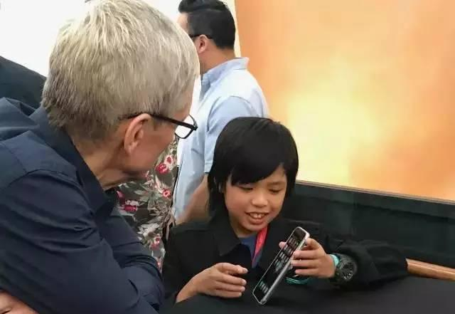 这些刷爆苹果应用商店的App竟然是这个10岁小学生开发的!