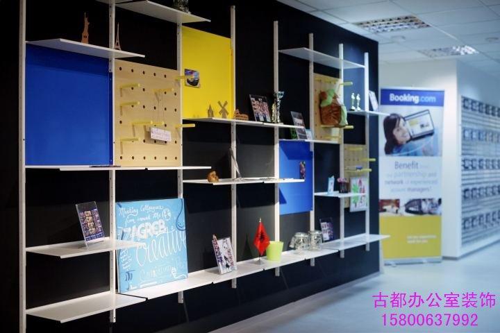 办公室装修设计除了白墙还有其他的设计方案吗?