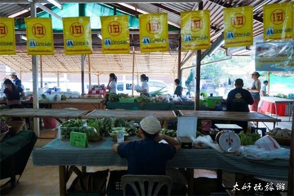 泰国的物价到底多便宜?来这家20年没涨价的当地餐厅你就知道了