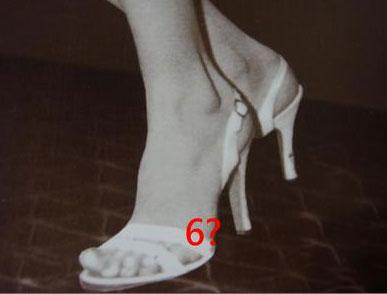 玛丽莲梦露有6只脚趾是真的假的?