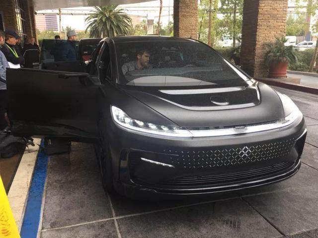 FF91汽车上路了,计划2018年年底正式交付,首次曝光内饰高清图片