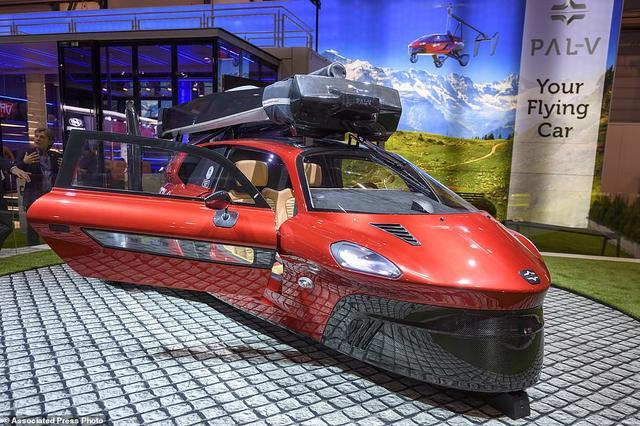 首款飞行汽车亮相,开车上天不是梦售价60万美元!