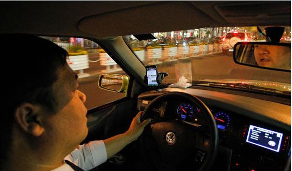 打车软件将出租车奉上不归路?
