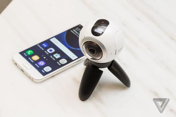 在VR的路上狂奔,三星推出Gear 360全景相机