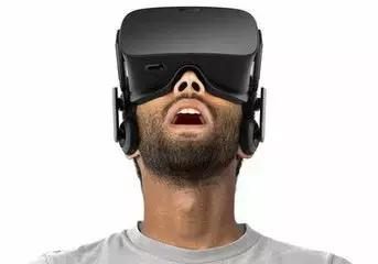 当你看不懂和看不起VR时,很多人已经靠它闷声发大财!