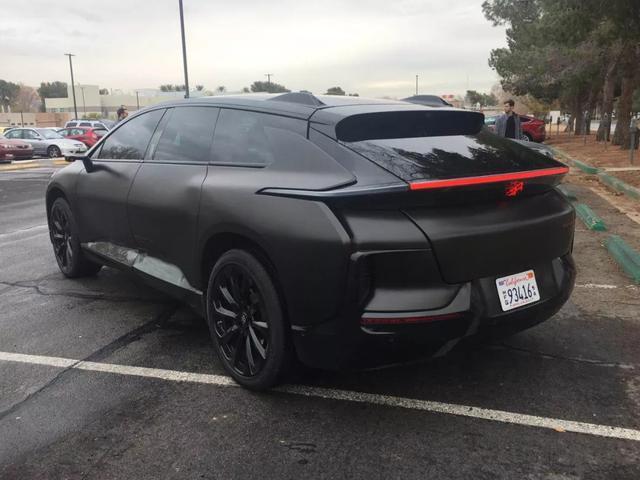 FF91汽车上路了,计划2018年年底正式交付,首次曝光内饰!