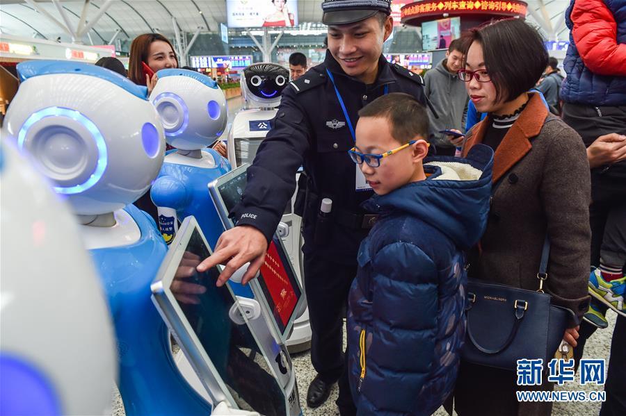深圳机器人警察亮相,警察要失业了!