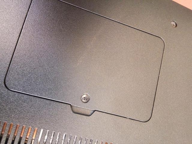 华硕笔记本内存条安装图解,华硕笔记本内存条位置在哪里!