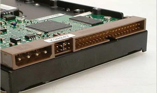 硬盘接口类型图解(硬盘接口主要有哪几种)