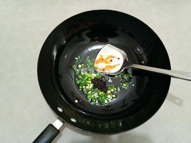 凉粉的做法大全,都是家常做法简单好吃(干货速收藏)