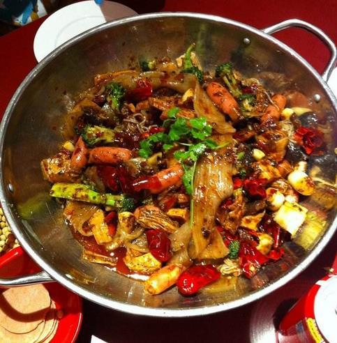 大厨手把手教你做麻辣香锅正宗的做法,好吃到爆
