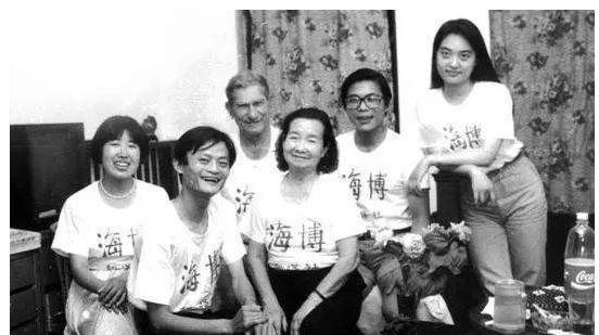 三十岁的时候,中国首富们都在干什么?