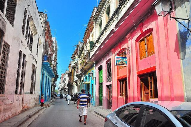 终于能上网!今天古巴开通3G网络!