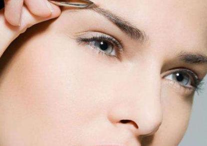 激光洗眉多久可以恢复 激光洗眉恢复期有疤痕怎么办