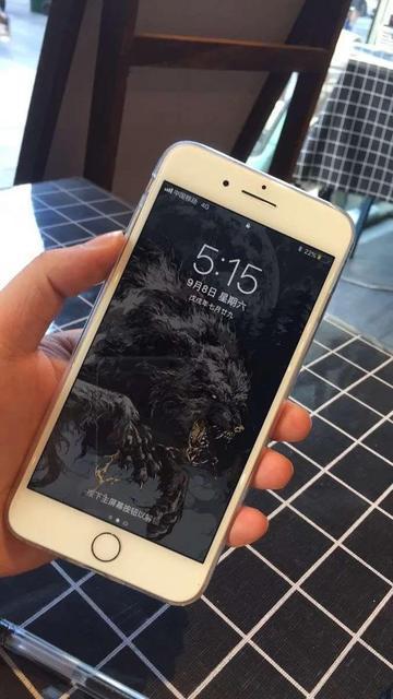 3599的iPhone8,对比2999的小米9,你选哪一款?