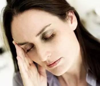 眼袋浮肿是什么原因?消除眼袋浮肿的方法