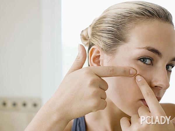 简单有效去黑头收缩毛孔的方法