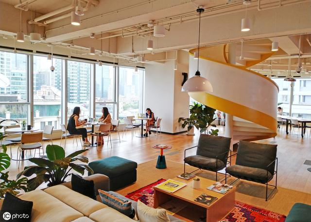 暂停上市,裁员5000人,上海已开50家共享办公室的WeWork怎么了?