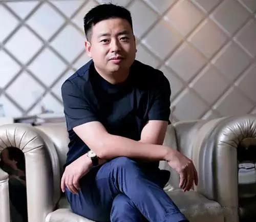 """他把""""十元店""""开到了3800家,拉马化腾投资,年入170亿"""
