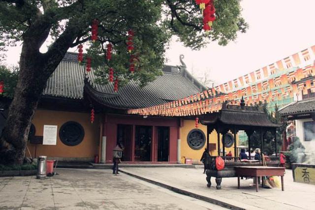 杭州香火最旺的十大寺庙,你去过几个地方