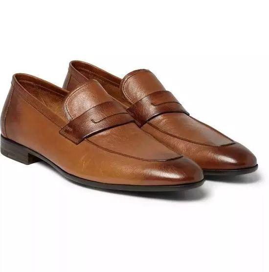 男士流苏鞋搭配_西裤配什么鞋子比较好(西装裤搭配鞋子图片)-闻蜂网