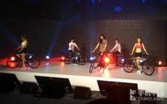 全碳版高达4万元 乐视超级自行车发布